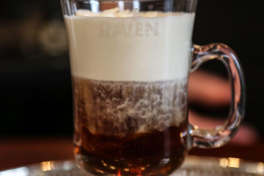 espresso martini, #cocktail, #coffeecocktail, Nitro Coffee, Raven Nitro Coffee