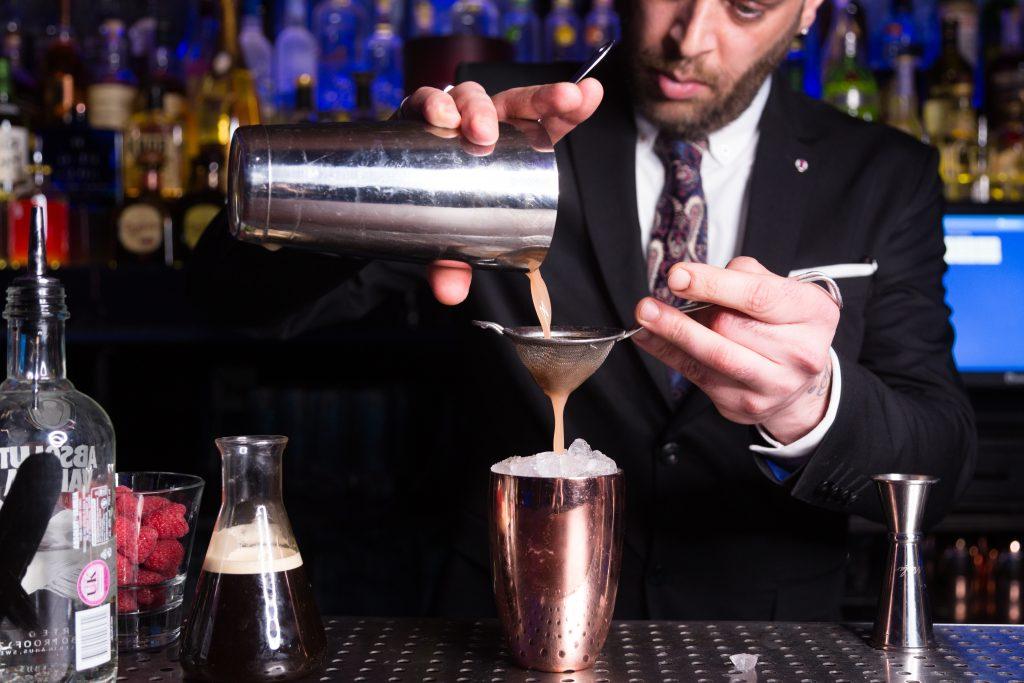 #ravennitrocoffee #nitrocoffee #espressomartini #martini #mixology #mixologist #bar #barlife #London #Londonbars