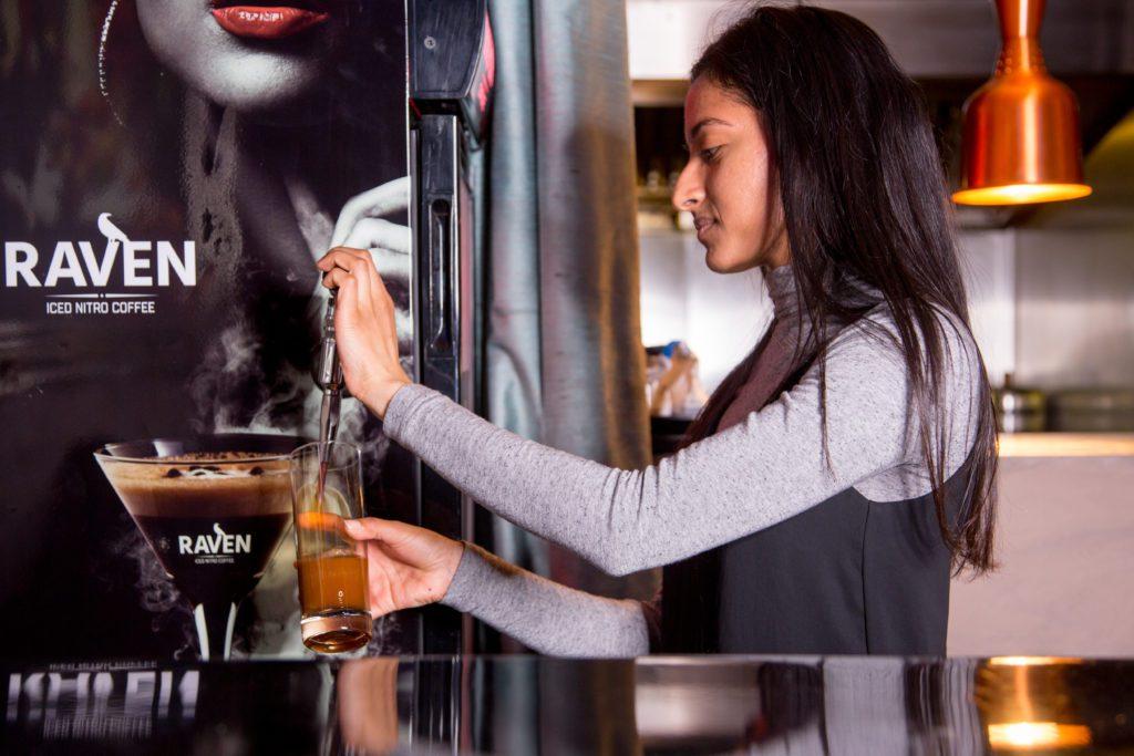 #ravennitrocoffee #nitrocoffee #espressomartini #coffeecocktail #coffeecocktails #martin #mixology #mixologist #bar #barlife #cocktailoftheday #London