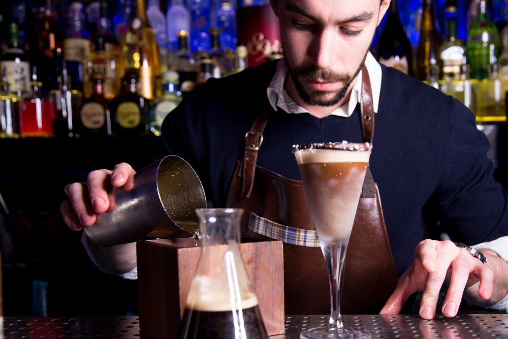 #ravennitrocoffee #coffee #cocktail #mixology #mixologist #espressomartini #coffeecocktail #bar #barlife #Londonbar #london #cocktaillife