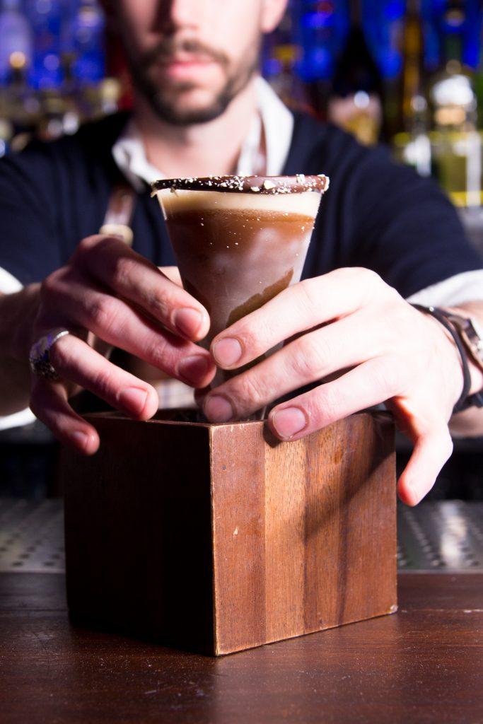 #ravennitrocoffee #nitrocoffee #mixology #mixologist #coffeecocktail #espressomartini #London #mixologist #bar #cocktailporn